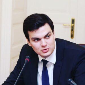 Иван Есипов